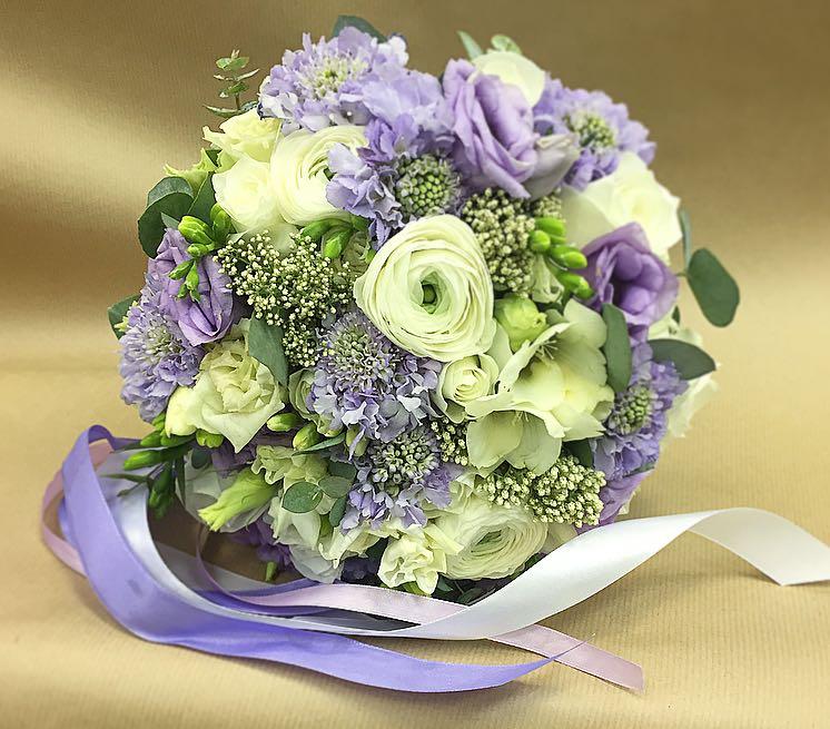 Букеты цветов для торжества